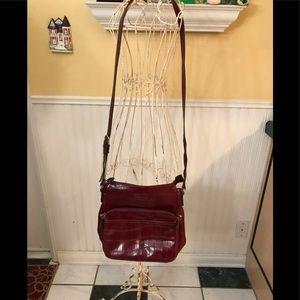 Relic burgundy color shoulder bag